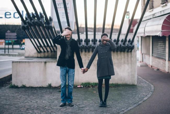 Couple mixte séance engagement My cultural wedding chic Trentième étage  (33)