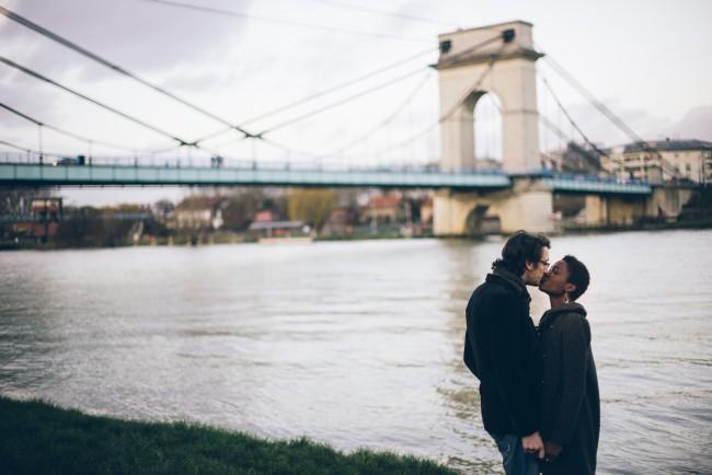Couple mixte séance engagement My cultural wedding chic Trentième étage  (9)