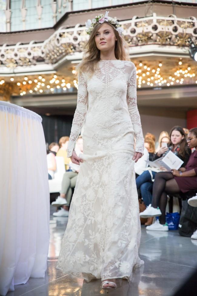 printemps mariage robe de mariee 2016 zankyou (41) Rue de Seine Chloe