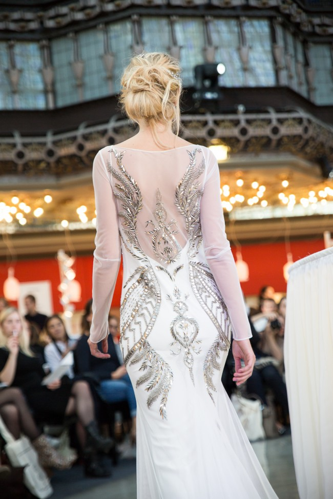 printemps mariage robe de mariée 2016 zankyou (44) Rue de Seine Back Dos