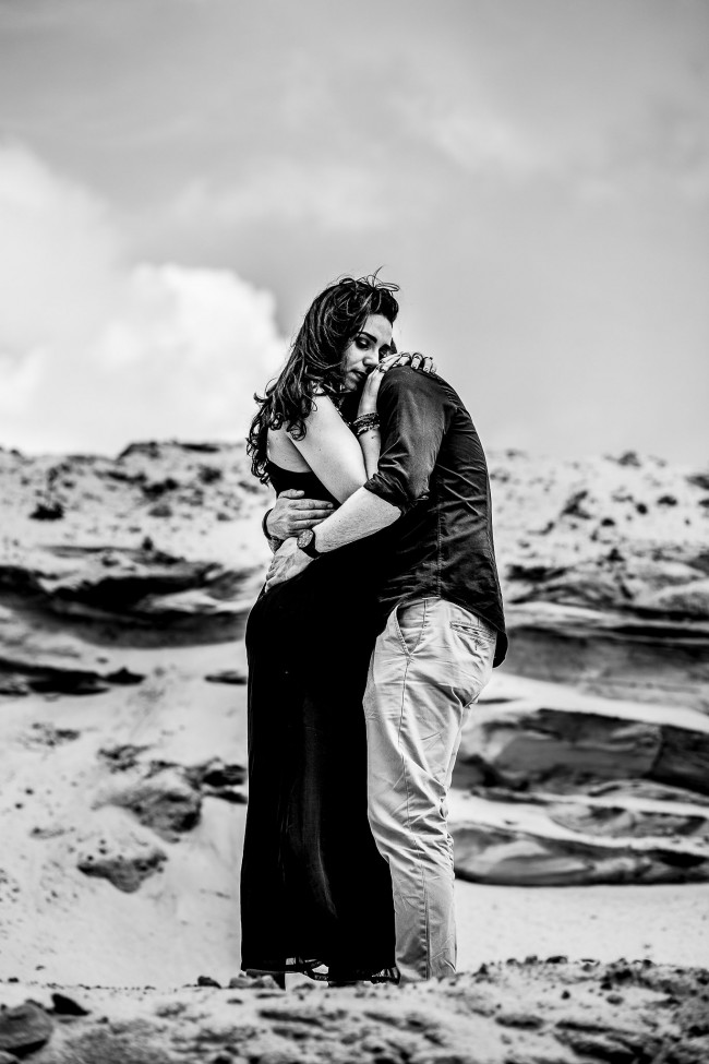 amoureux fiancés plage dark (2)