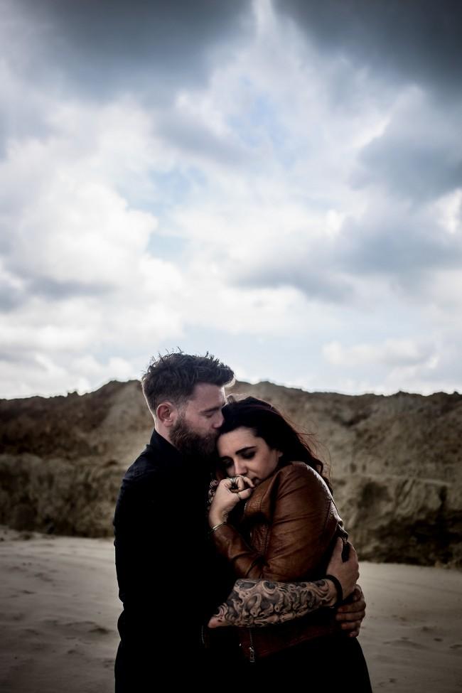 amoureux fiancés plage dark (50)