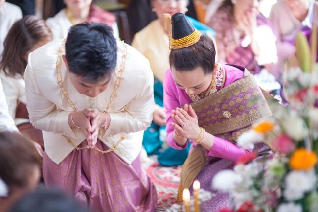 mariage-laotien-ceremonie-traditionelle-laotienne-soukhouane-lyse-kong-photographe-mariage-paris-14