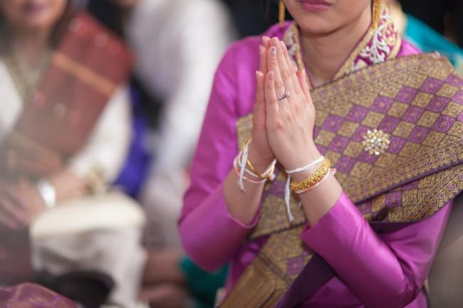 mariage-laotien-ceremonie-traditionelle-laotienne-soukhouane-lyse-kong-photographe-mariage-paris-19